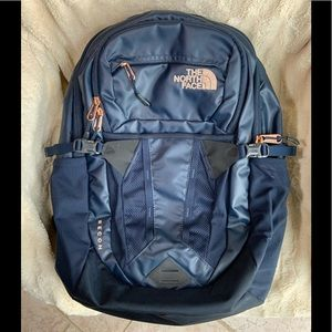 THE NORTH FACE Recon Navy Backpack